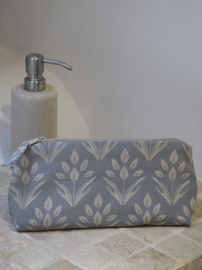 medium washbag in bathroom